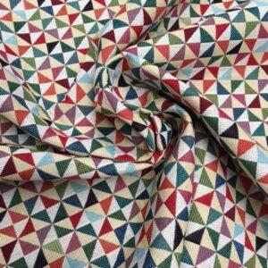 Møbelstof med mønster af trekanter