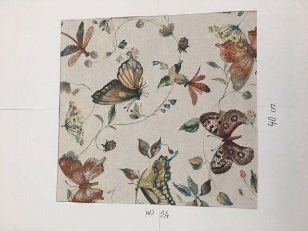 Tekstildug med sommerfugle fra Skumhuset.