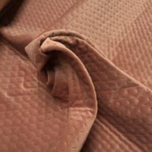 Quiltet velour i rosa fra Skumhuset.