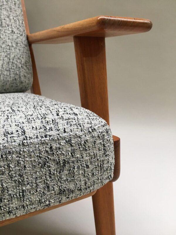 Hyndesæt Wegner ge 290 betrukket med uld fra Kvadrat