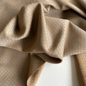 Mønstret møbelstof i kamgarnsuld